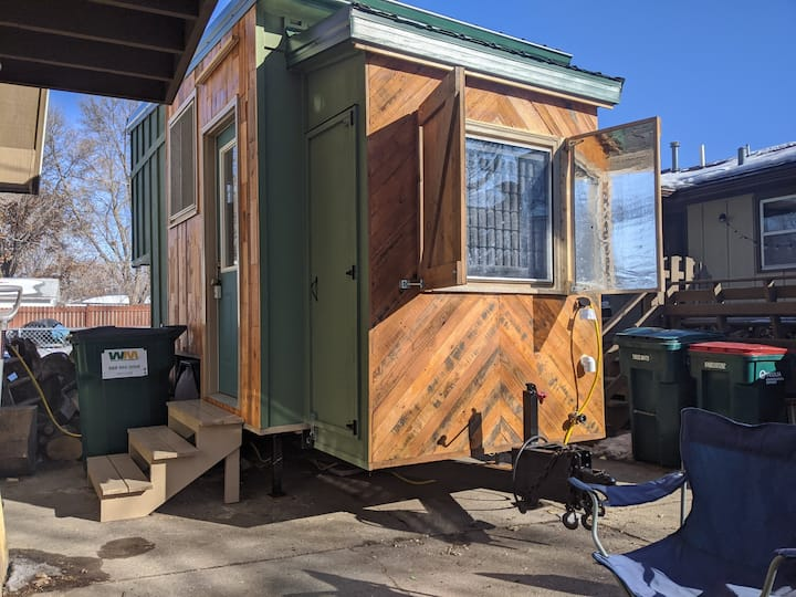 Urban tiny house experience