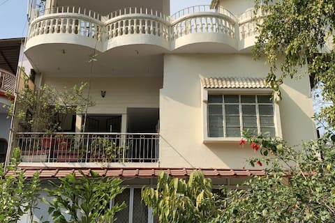 3 BHK with WiFi in Jhansi City Centre