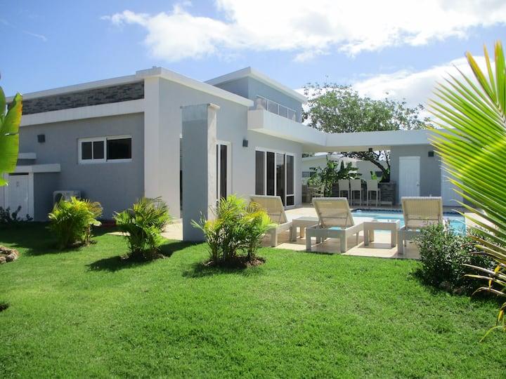 CASA COCO-PERLA Premium Plus 2 Bedroom @Casa Linda