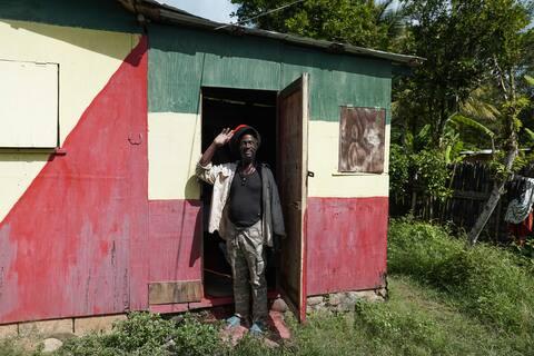 Mokkos Rasta Retreat 1 Double Bed Cabin (Nr.2)