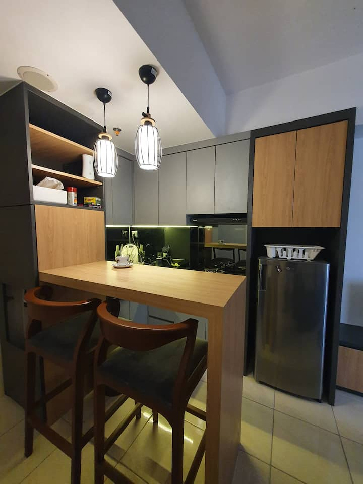 Brandnew 2BR Modern Apartment in front of SMS Mall