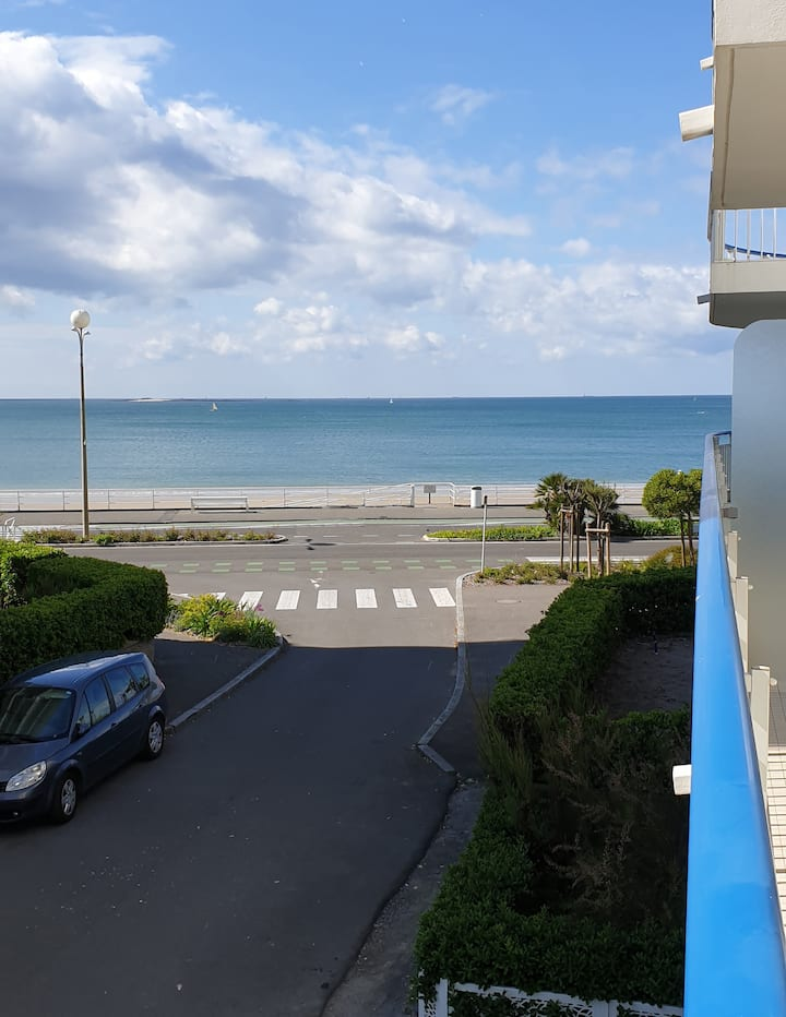 Appart. vue mer (30m), 4 pers - idéal famille