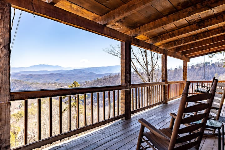 Best Views in Sevierville! Minutes to Pigeon Forge
