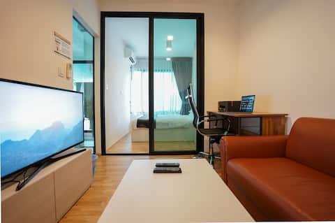 Bangkok BTS Samrong nice 1 bedroom and 1 bathroom