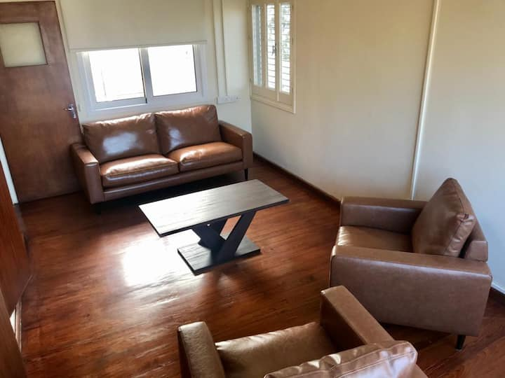 2-BDR apt. walking distance to center of Nicosia.