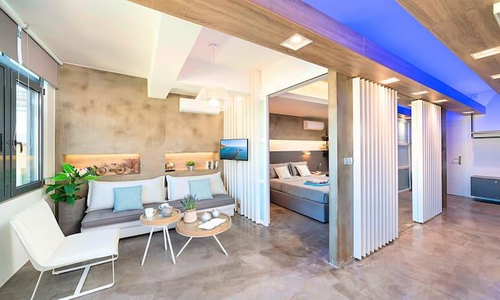Erasmia Beachside Suite