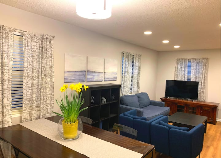 Wonderful Renovated Townhouse in a Prime Location