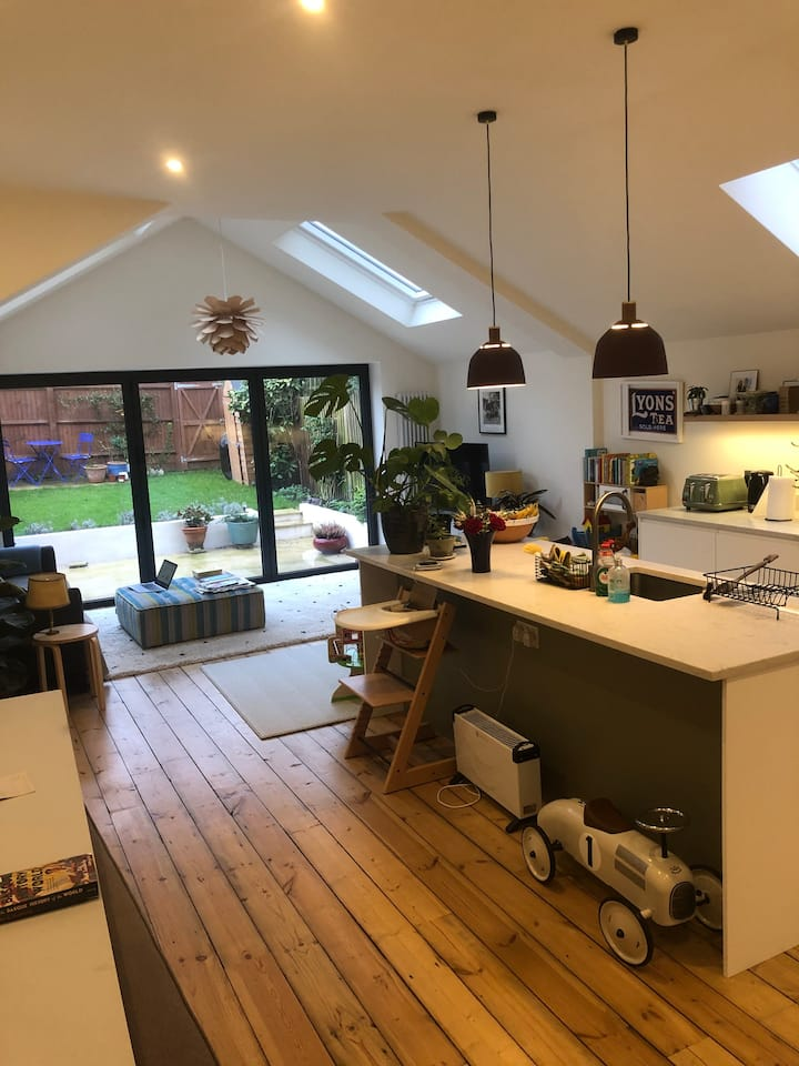 Family-friendly Herne Hill townhouse with garden