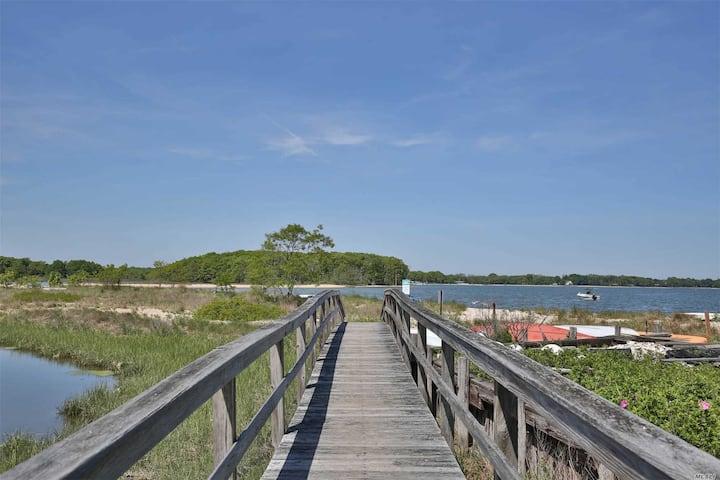 Water Views Beach Greenport Getaway
