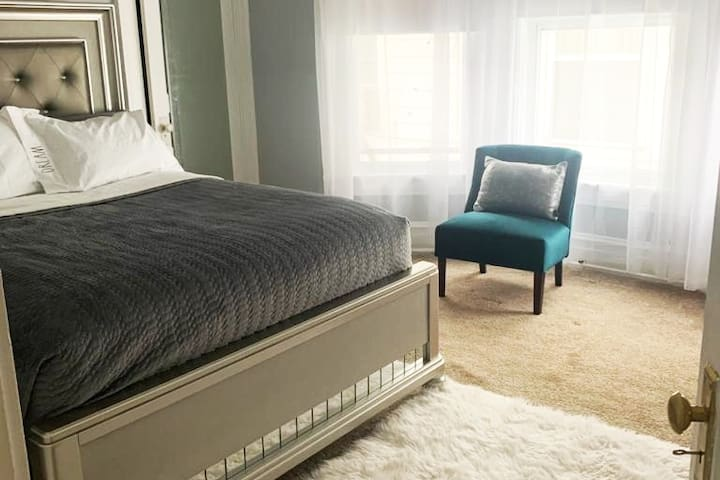 Welcome to Jode's Boutique Stay with all the comforts of home.