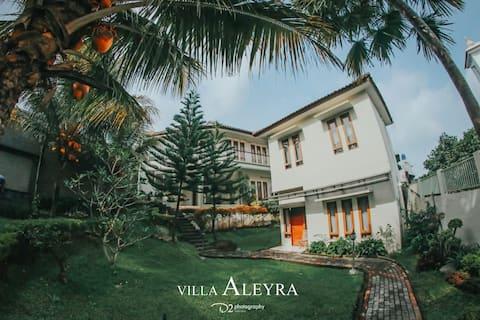 Family Suite Villa (Villa 2 Kamar)