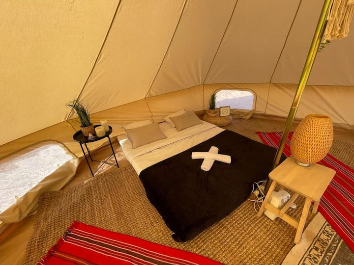 *STYLISH GLAMPING IN THE HEART OF THE DESERT*