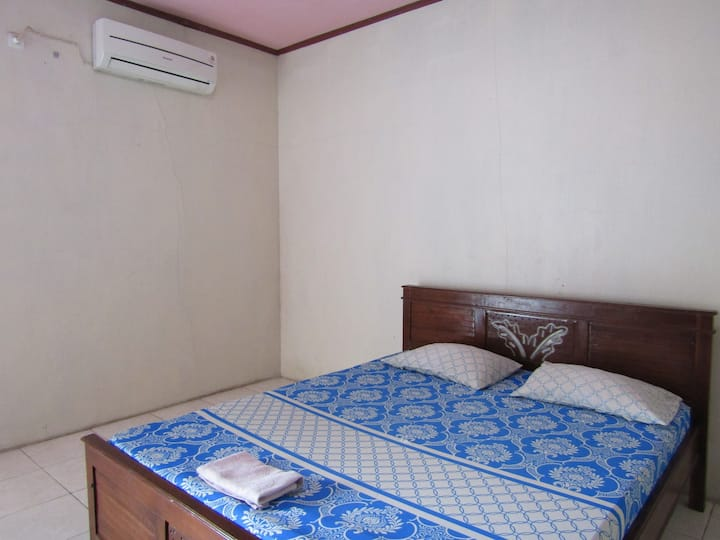 Clean Room with AC at Wisma Lovina