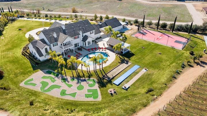 * NEW Luxury Celebrity Vineyard Estate Temecula *