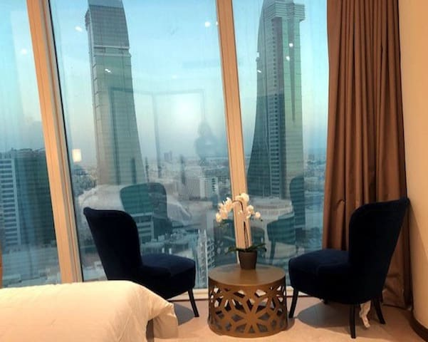 Bedroom view overlooking the bahrain Finncial Harbour
