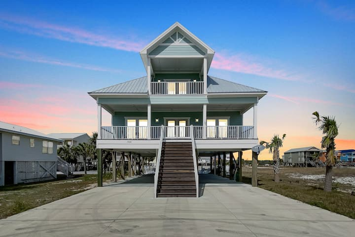 New Luxury Beach House 50 Steps To Beach With Pool