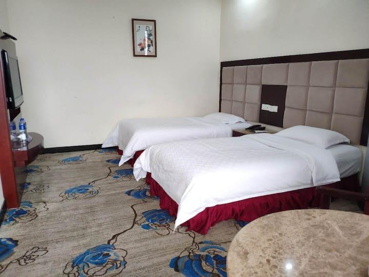 双床房/酒店内部/环境优美、独立庭院