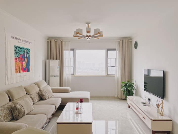 简约两居室|湘江欢乐城|谢子龙|李自健美术馆|宜家|洋湖湿地公园|近3号地铁