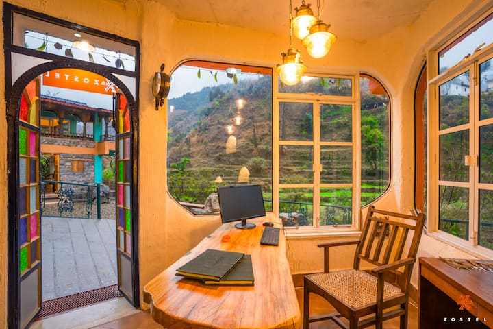 A Deluxe Private Room at Mussoorie