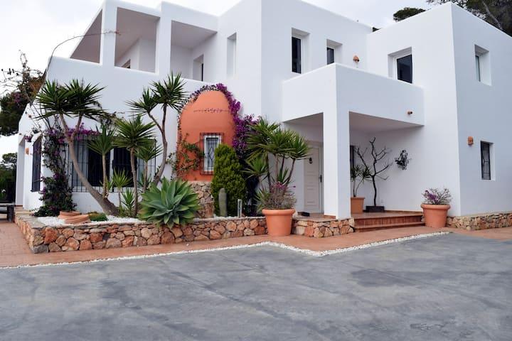 Villa La Piedra