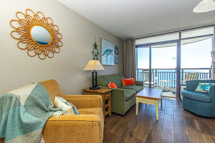 Updated 1 Bedroom Suite~Monterey Bay 1425