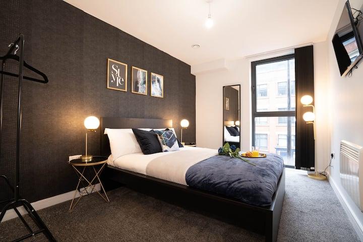 Luxury, new-build apartment with Netflix