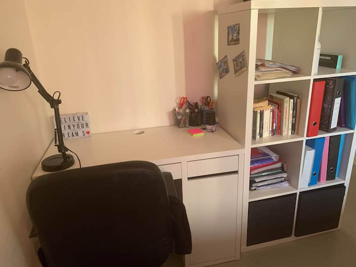 Bedroom near Orly Airport and near Paris