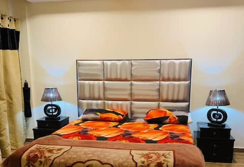 Retreat to a stylish Flat in Bahria Town