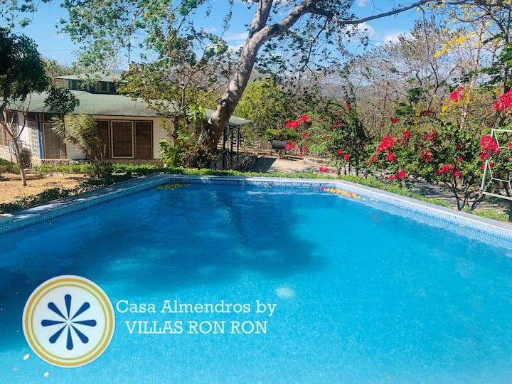 Casa Almendros by Villas Ron Ron