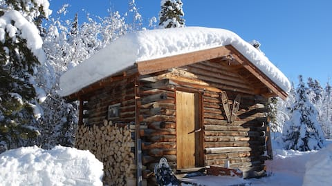 Atlin Off Grid Cabin - The perfect Gateway
