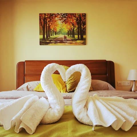 1.8x2米大床房,舒适安眠。