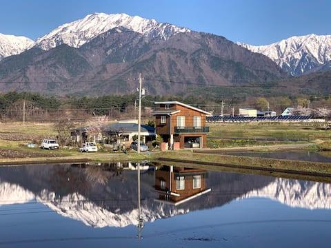コテージ野の香 信州の自然を楽しむ観光、趣味の拠点に!リモートワークも可能です。