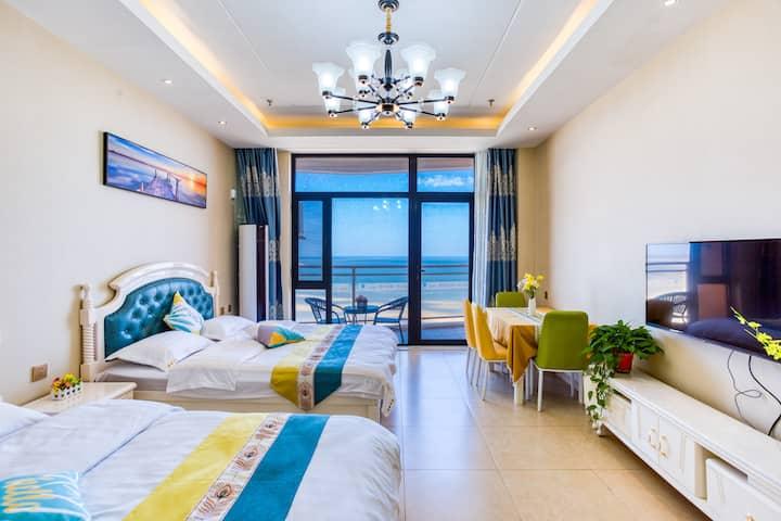 白鲸公馆超级海景双床家庭房B*下楼就是沙滩,可开发票,免费车位『美好时光民宿』