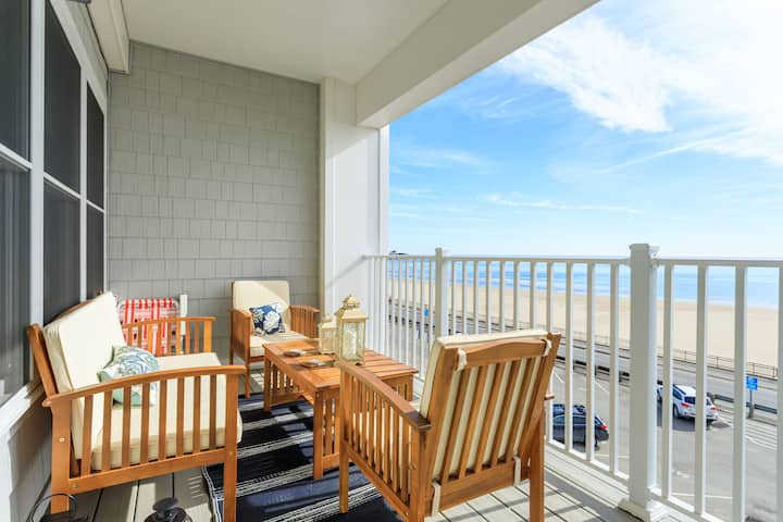 Oceanfront condo 2BR with parking