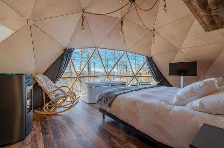 Geodesic Dome Hot Tub Retreat