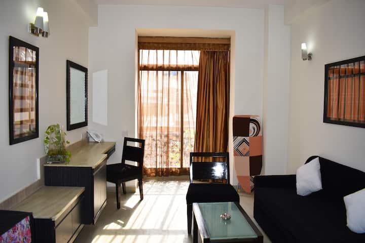 One BHK Serviced Apartment near Artemis Hospital