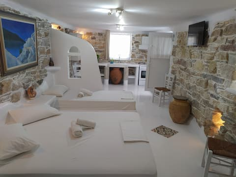 Theodore House in Tinos