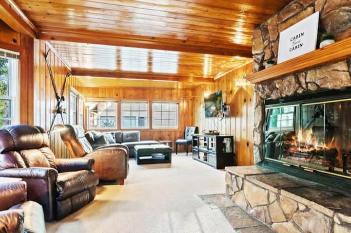 Private Mountain Retreat in the Heart of Big Bear!