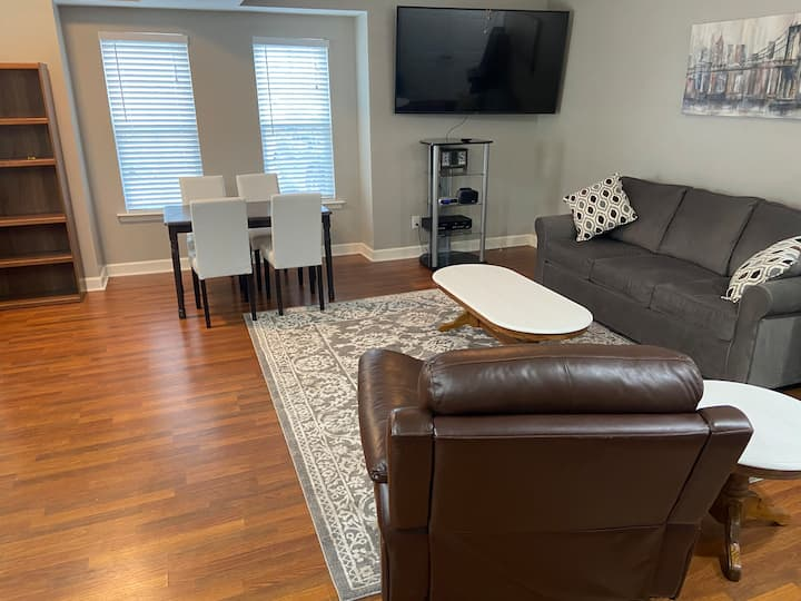Private and Convenient 70 inch TV, Hot Tub & More