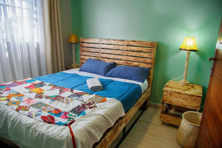 Bedroom 1 ( view 1)
