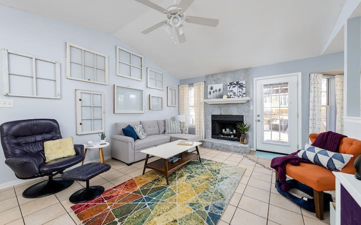 Navarre Nook - 6 MIN TO BEACH - TONS OF AMENITIES