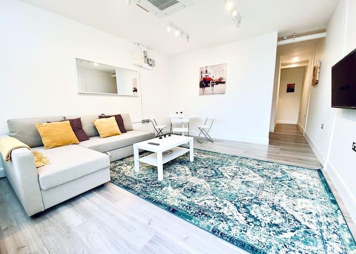 Harrow Apartment XI