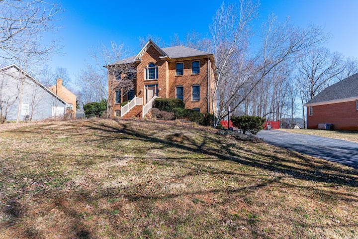 NEW! Private 3 bedroom and 2.5 bath home
