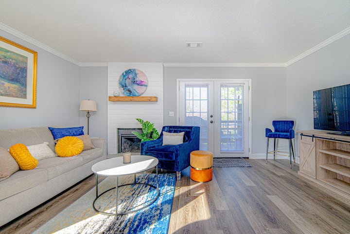 Cozy Townhome Minutes from TheBattery & TruistPark
