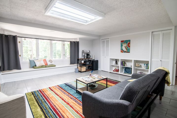 Private 1 Bedroom, 1 Bathroom Suite complete with a Living Area with a sleeper sofa, convenient kitchenette (includes a mini-fridge, microwave, electric kettle, coffee maker & dishes/silverware!), desk, TV, backyard, Patio & much more!