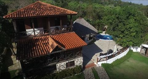 Villa Esperanza (Lomas Lindas Country Centre)