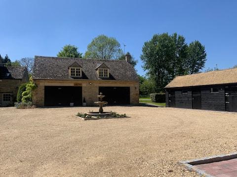 Stable Lodge at Bledington Mill