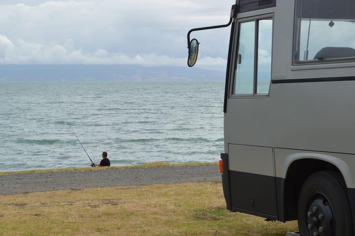 Da Lux Bus