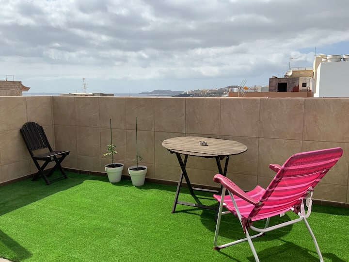 Penthouse Apartment - Ocean View - 160Mbps WiFi