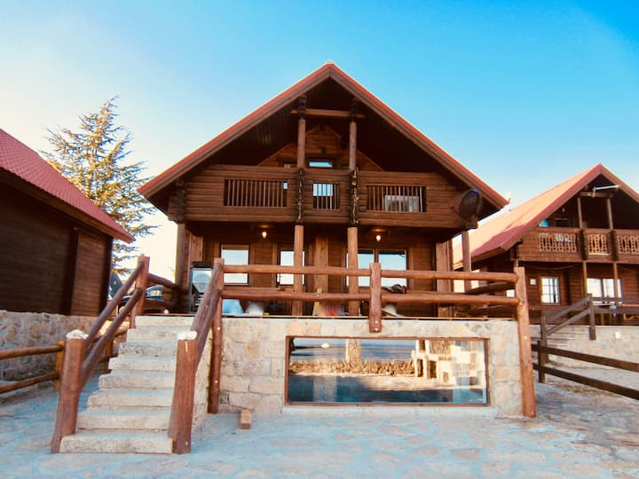 Montain Chalet